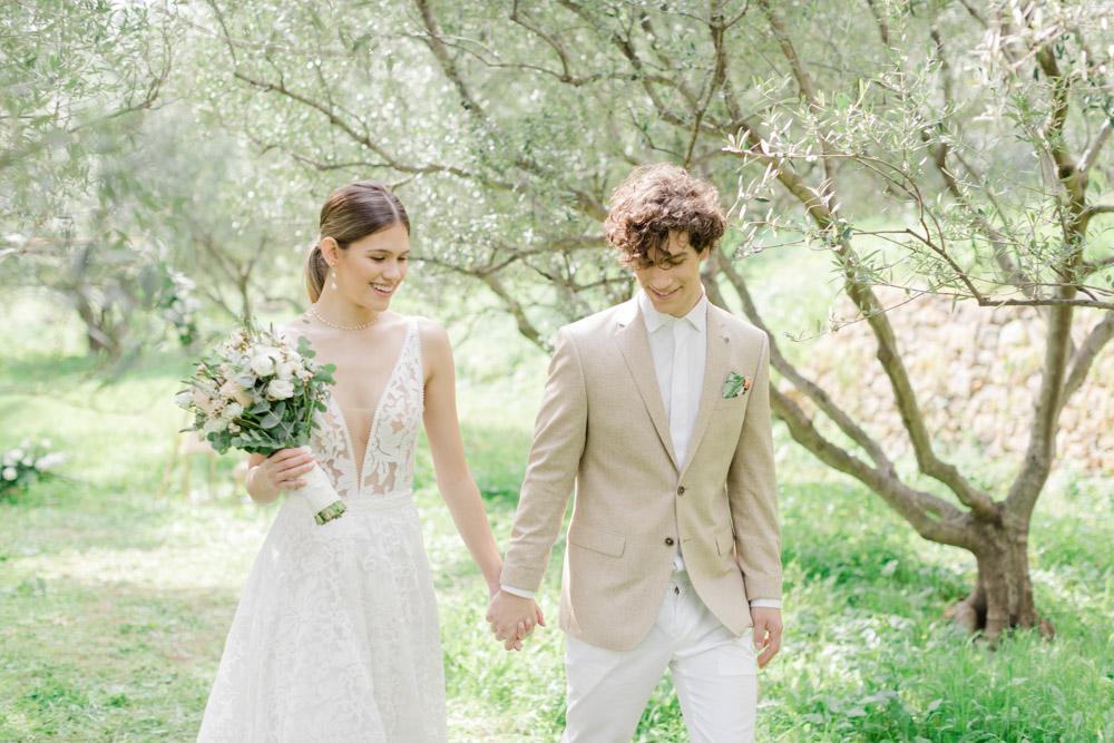 Wedding in kinsterna monemvasia in Greece